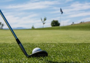 Chipping vs. pitching in golf