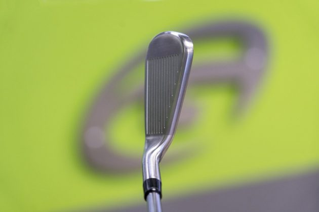 TaylorMade M5- iron top in-hand