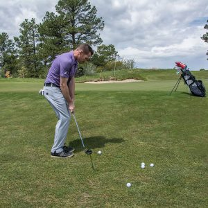 Improve your short game with this quick chipping tip- practice