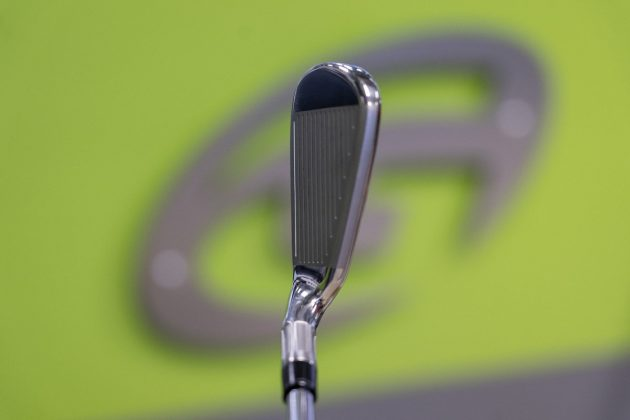 TaylorMade M6- iron top in-hand